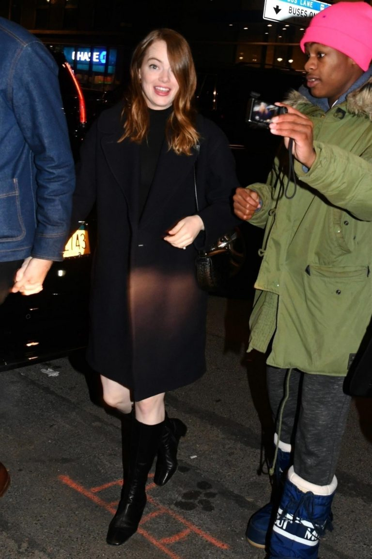 Emma Stone and her partner Dave McCary out the SNL afterparty in New York 2019/12/07 8
