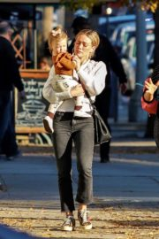 Hilary Duff with her daughter Stormi Webster out in Sherman Oaks 2019/12/19 11