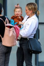Hilary Duff with her daughter Stormi Webster out in Sherman Oaks 2019/12/19 15