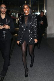 Kelly Rowland seen in black outfit outside The Today Show in New York 2091/11/26 1