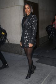 Kelly Rowland seen in black outfit outside The Today Show in New York 2091/11/26 5