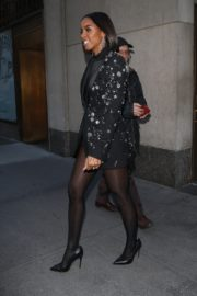 Kelly Rowland seen in black outfit outside The Today Show in New York 2091/11/26 8