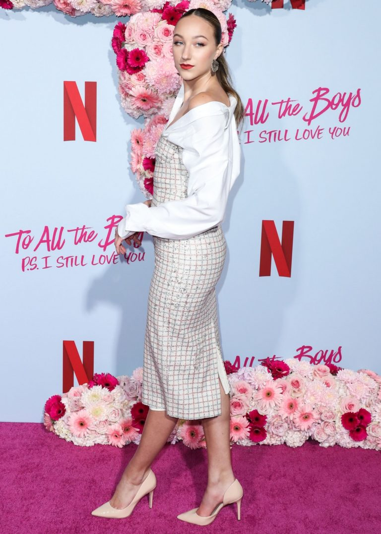Ava Michelle attends Netflix Premiere 'To All the Boys: P.S. I Still Love' in Hollywood 2020/02/03 20