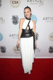Billie Lourd attends 2020 Casting Society of America's Artios Awards in Beverly Hills 2020/01/30 6