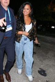 Demi Lovato leaves after her performance at the Super Bowl in Miami 2020/02/02 1