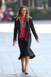 Amanda Holden in pink top arrives out in London 2020/03/27 3
