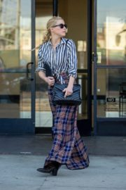 Amber Heard in lining shirt with checked bottom in Beverly Hills, California 2020/03/04 13