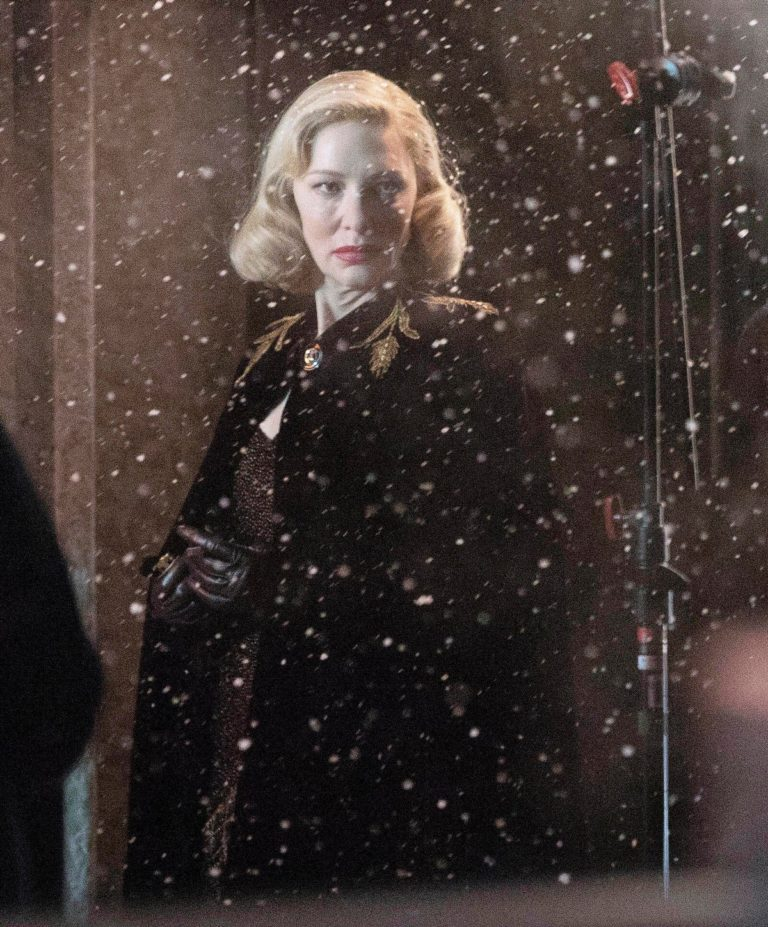 Cate Blanchett on the set of 'Nightmare Alley' in Toronto 2020/01/30 5