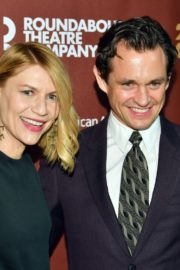 Claire Danes attends Roundabout Theatre Company's Annual Gala in New York 2020/03/02 3