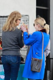 Emma Roberts seen in blue long jacket at adopting a rescue cat in Los Angeles 2020/03/01 5