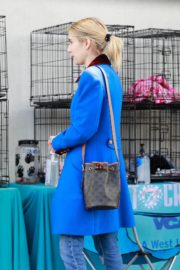 Emma Roberts seen in blue long jacket at adopting a rescue cat in Los Angeles 2020/03/01 6