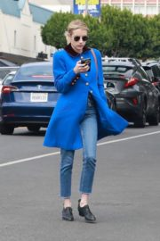 Emma Roberts seen in blue long jacket at adopting a rescue cat in Los Angeles 2020/03/01 13