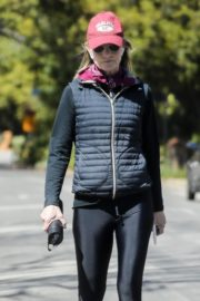 Helen Hunt in black jacket with tights out and about in Brentwood 2020/03/26 12