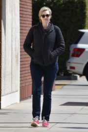 Jane Lynch out and about in Studio City 2020/03/26 7