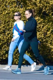 Jennifer Garner with a friend for walk in Pacific Palisades, California 2020/03/26 12
