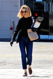 Kyra Sedgwick out and about in Los Angeles 2020/03/26 14
