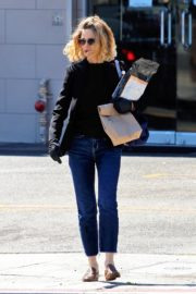 Kyra Sedgwick out and about in Los Angeles 2020/03/26 16