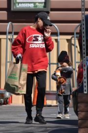 Naya Rivera with her son out and about in Los Feliz 2020/03/27 8