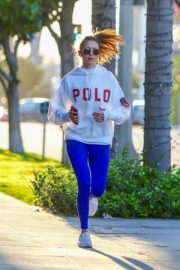 Nina Dobrev seen in white hoodie with tights during jogging in Los Angeles 2020/03/26 1