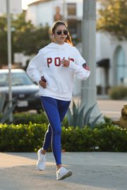 Nina Dobrev seen in white hoodie with tights during jogging in Los Angeles 2020/03/26 3
