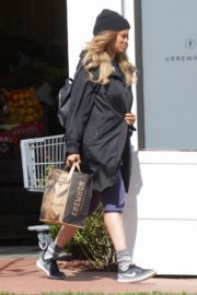 Tyra Banks seen in a grocery run in Los Angeles 2020/03/25 6