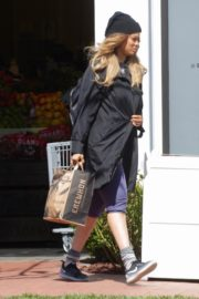 Tyra Banks seen in a grocery run in Los Angeles 2020/03/25 13