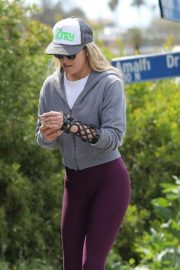 Ali Larter seen grey zipper with purple tights Out for a walk in Pacific Palisades 2020/04/08 8