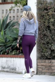 Ali Larter seen grey zipper with purple tights Out for a walk in Pacific Palisades 2020/04/08 9