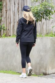 Ali Larter seen in all black out for a walk in Pacific Palisades 2020/04/06 2