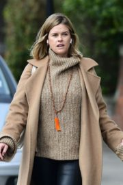 Alice Eve seen in brown long coat out and about in London 2020/04/06 5