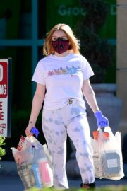 Ariel Winter leaves after shopping grocery in Los Angeles 2020/04/14 7
