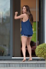 Charlotte Crosby leaves her house to get food delivery in Sunderland 2020/04/03 11
