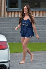 Charlotte Crosby leaves her house to get food delivery in Sunderland 2020/04/03 13