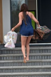 Charlotte Crosby leaves her house to get food delivery in Sunderland 2020/04/03 18