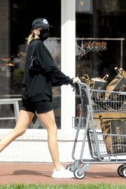 Charlotte McKinney shops out in Pacific Palisades 2020/03/31 2