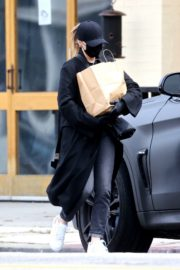 Chloe Grace Moretz Shopping Out for groceries in Studio City 2020/04/08 2