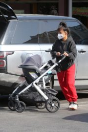Christina Milian and Matt Pokora Shopping at the Market in Los Angeles 2020/04/04 1