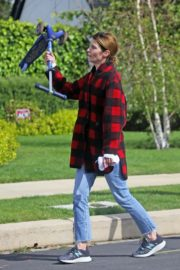Cobie Smulders seen in red checked shirt with blue denim out in Los Angeles 2020/04/08 2