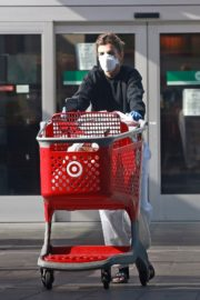 Elisabetta Canalis Shopping at Target store in West Hollywood 2020/04/05 4