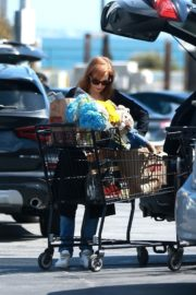 Jessica Chastain Grocery Shopping out in Palos Verdes, California 2020/04/04 11