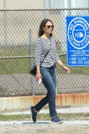 Jordana Brewster out and about in Los Angeles 2020/03/31 3