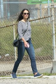 Jordana Brewster out and about in Los Angeles 2020/03/31 4