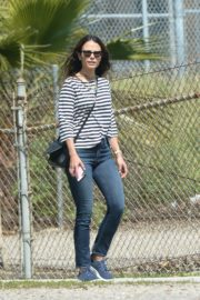Jordana Brewster out and about in Los Angeles 2020/03/31 7