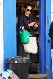 Lily James at a local hardware store in London 2020/04/07 1