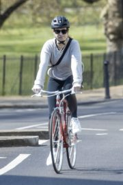 Lily James enjoy ride bike out for her daily exercise during COVID-19 in London 2020/04/11 1