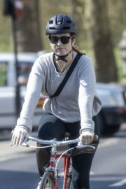 Lily James enjoy ride bike out for her daily exercise during COVID-19 in London 2020/04/11 4