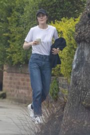 Michelle Dockery in White Top and Blue Denim Out in North London 2020/04/06 3