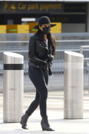 Nicole Scherzinger and Thom Evans out of Heathrow Airport, London 2020/03/28 4
