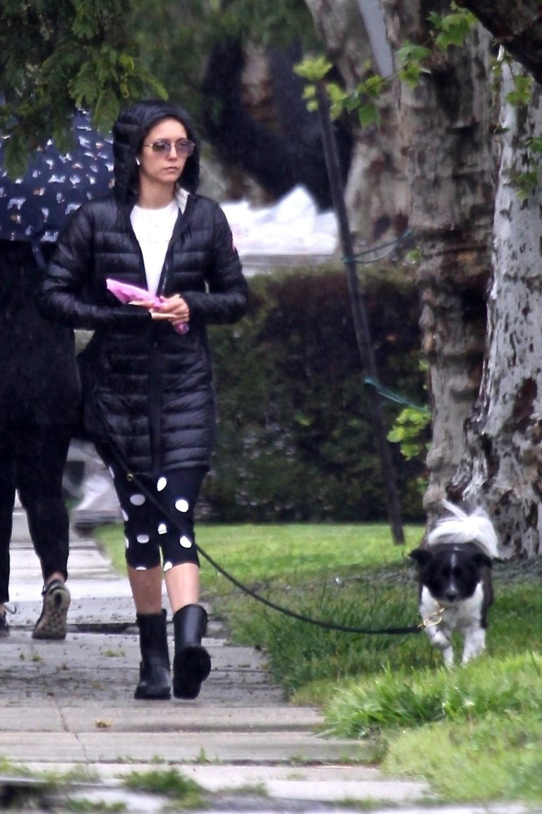 Nina Dobrev out for Walking her dog in Los Angeles 2020/04/09 3