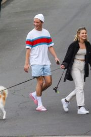 Olivia Holt walks her dog with a friend in Los Angeles 2020/03/31 1